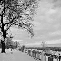 *Зимняя набережная :: Александр Архипкин
