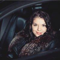 Очаровательная Анастасия и мощный Cadillac CTS :: Денис