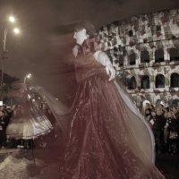 Привидение у Колизея :: Виктор Истомин