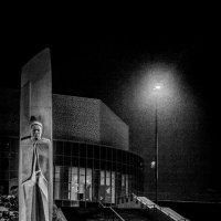 На страже Ельцина... центра... :: Pavel Kravchenko