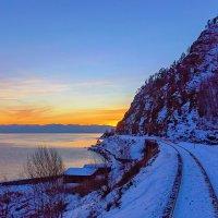 Солнце скрылось за горою.. :: Анатолий Иргл
