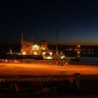 Ночной порт :: Vladimir