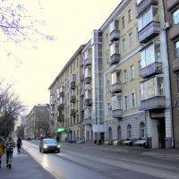 На улице Марины Расковой... :: Елена