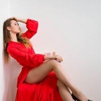 Красное платье :: Галина Эрентраут