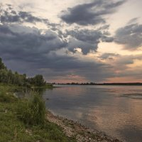 Вечер на реке :: Владимир Макаров