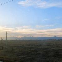 Синие горы, сиреневый восход :: Леонид