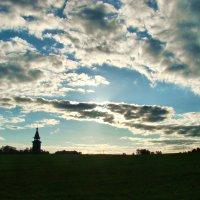 Земля и небо :: Елена Строганова