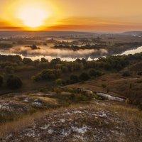 Ранним осенним утром на меловых холмах у Дона :: Юрий Клишин