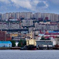 Мурманск. Вид на центральную часть города с западного берега Кольского залива. :: kolin marsh