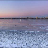 В свете зимнего вечера :: Denis Aksenov