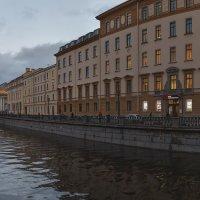 Канал Грибоедова вечером :: Александр Кислицын