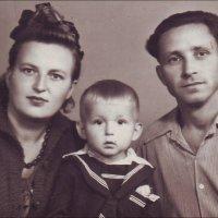 Семья. 1956 год :: Нина Корешкова