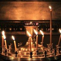 Свечи в Казанском Соборе :: Светлана Печорина