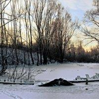 лишь первый солнца луч... :: Юрий Ефимов
