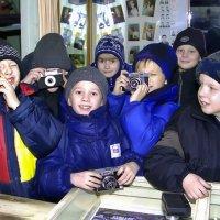 Юные любители фото :: Валентин Кузьмин