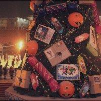 Москва.ГУМ-каток.Красная площадь.Ёлка. :: Larisa