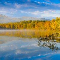 Осенний рассвет :: Иван Рыжков