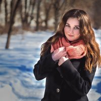 Девушка. :: Ирина Тихонова