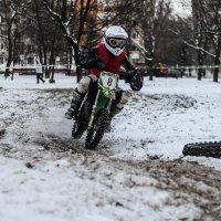 Спорт хорош в любом возрасте :: Валерия Потапенкова