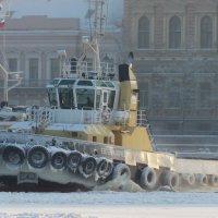 Прорубая лёд :: Вера Моисеева
