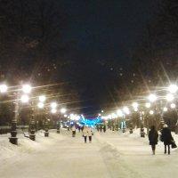 Улица новогоднего города :: Владимир Ростовский