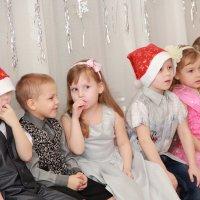 Обсуждают Деда Мороза :: Наталья Воронцова