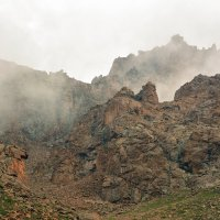 горы. туман в горах :: Горный турист Иван Иванов