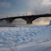 И снова мост на Ангаре в морозную погоду... :: Александр Попов
