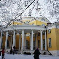 Главный господский дом-дворец :: Елена Смолова