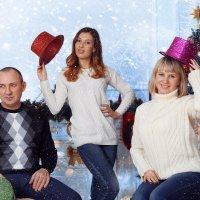 Немного снежной зимы и счастья семьи Штыбер :: Марина Щуцких