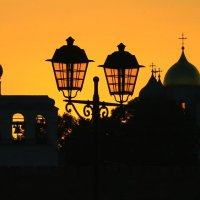 Новгородский Детинец на фоне заката. :: Николай Кондаков