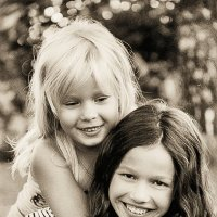 Алина и Настя :: Жанна ..