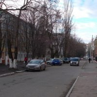 На зимней улице :: Александр Скамо