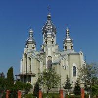 Греко - католический  храм  в  Дрогобыче :: Андрей  Васильевич Коляскин
