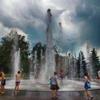 купание в фонтане :: лиана алексеева