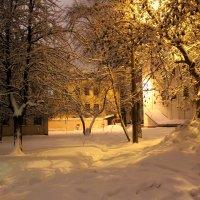 Уютный дворик. :: Инна Малявина