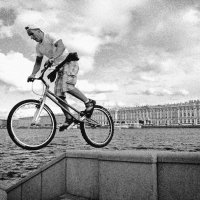 Прыжок... :: Евгений Лебедь