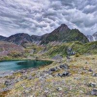 Вертикальная облачность :: Виктор Никитин