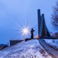 Монумент Скорбящая мать (г. Находка) :: cosmos-27