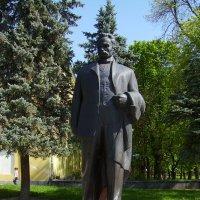 Памятник  Ивану  Франко  в  Дрогобыче :: Андрей  Васильевич Коляскин