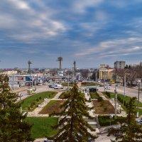 Площадь Восставших :: Zinaida Belaniuk