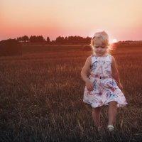 убегая от заката) :: Ольга Юшина