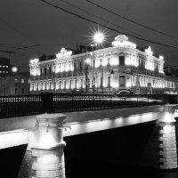 Новокузнецкая :: Саша Суфранс