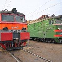 Электровозы ВЛ11М-294 и ВЛ10У-705 :: Денис Змеев