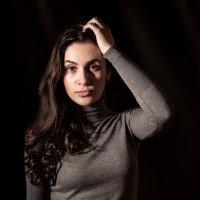 Портрет женский :: Максим Калинин