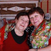 Дочь с мамой :: Tanyana Zholobova