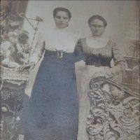 Подруги. 1918 год :: Нина Корешкова