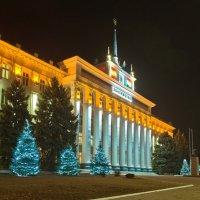 Дом Советов в Тирасполе. :: Владимир Иванов