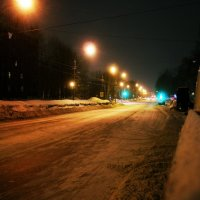 cruizin down tha street :: Yur Lo