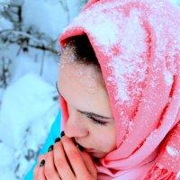 Аленушка в снегу :: Ершов Ершов